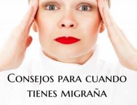 mujer-toda-de-blanco-que-se-lleva-las-manos-a-la-cabeza-por-dolor-migrana